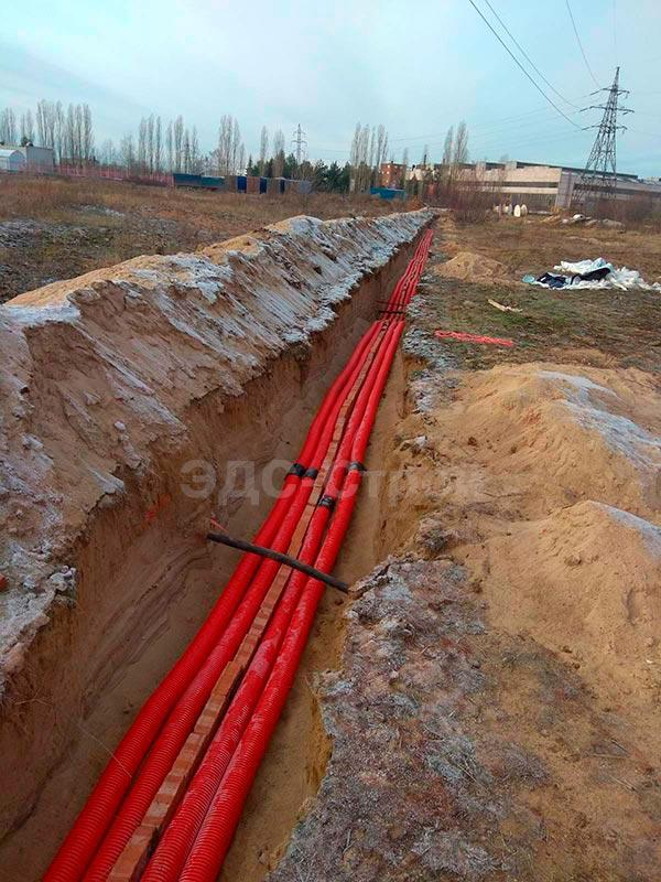 Прокладка кабеля в земле на ЗМЗ